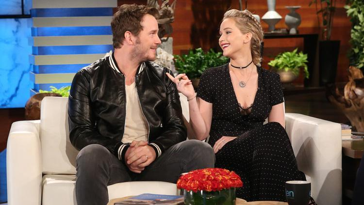Jennifer Lawrence & Chris Pratt Compete in Hilarious Game of '5 Second Rule'